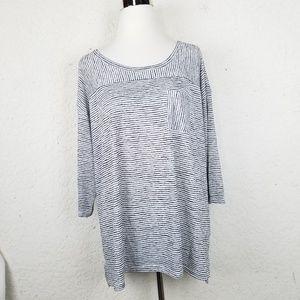 Lane Bryant Women top size 18/20 striped white bla